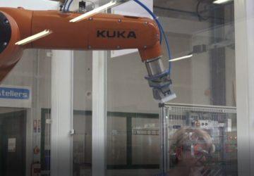 Initiation théorique et pratique à la robotique industrielle